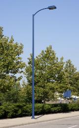 Round Tapered Pole with Upswept Arm