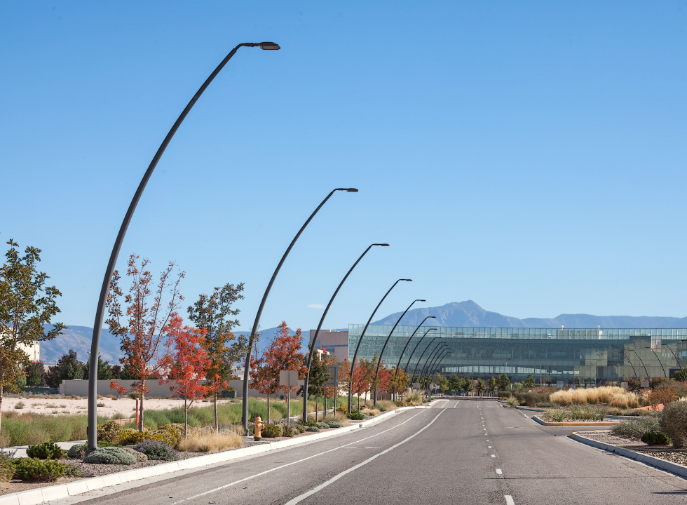 Custom Curved Pole & Valmont Structures | Street Lighting Photo Gallery azcodes.com