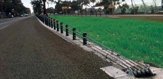 http://ingalcivil.com.au/products/road-safety-barriers/wire-rope-safety-barrier/tl3-end-terminal 4