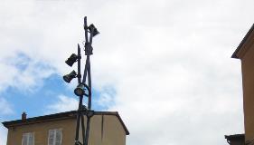 Vripod-Signature-Decorative-Lighting-Column-Valmont-Stainton