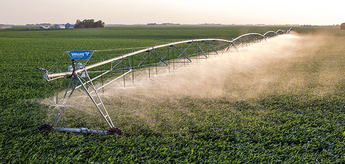 valley 7000 series center pivot irrigation system