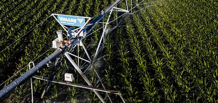 valley 8000 series center pivot irrigation machine