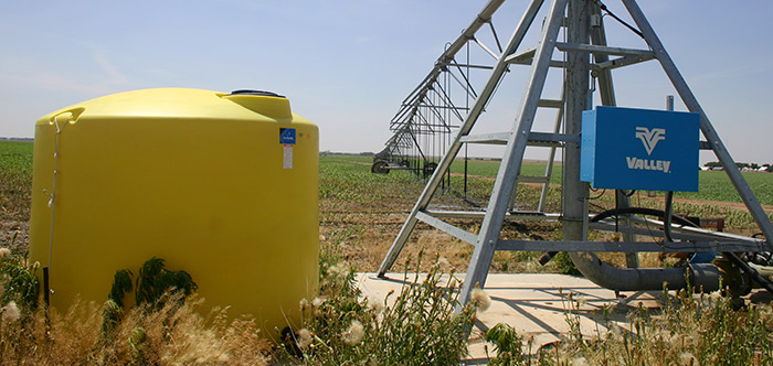 center pivot sprinklers - chemigation tank