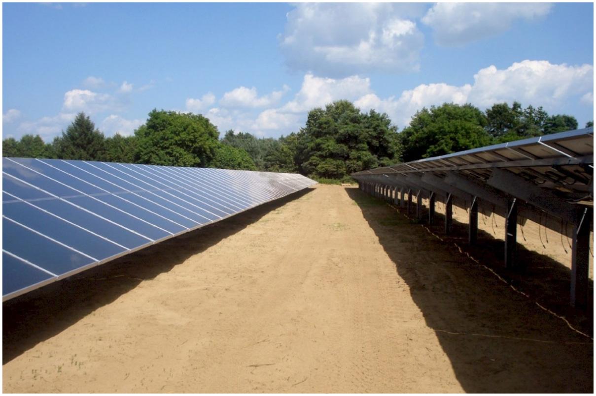 Galvanized Canadian Solar Farm