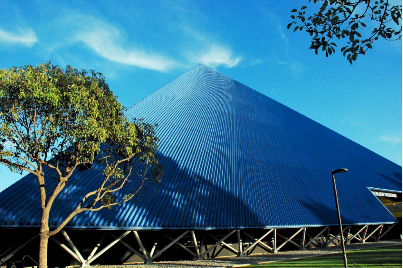 Galvanized Lifetime Pyramid