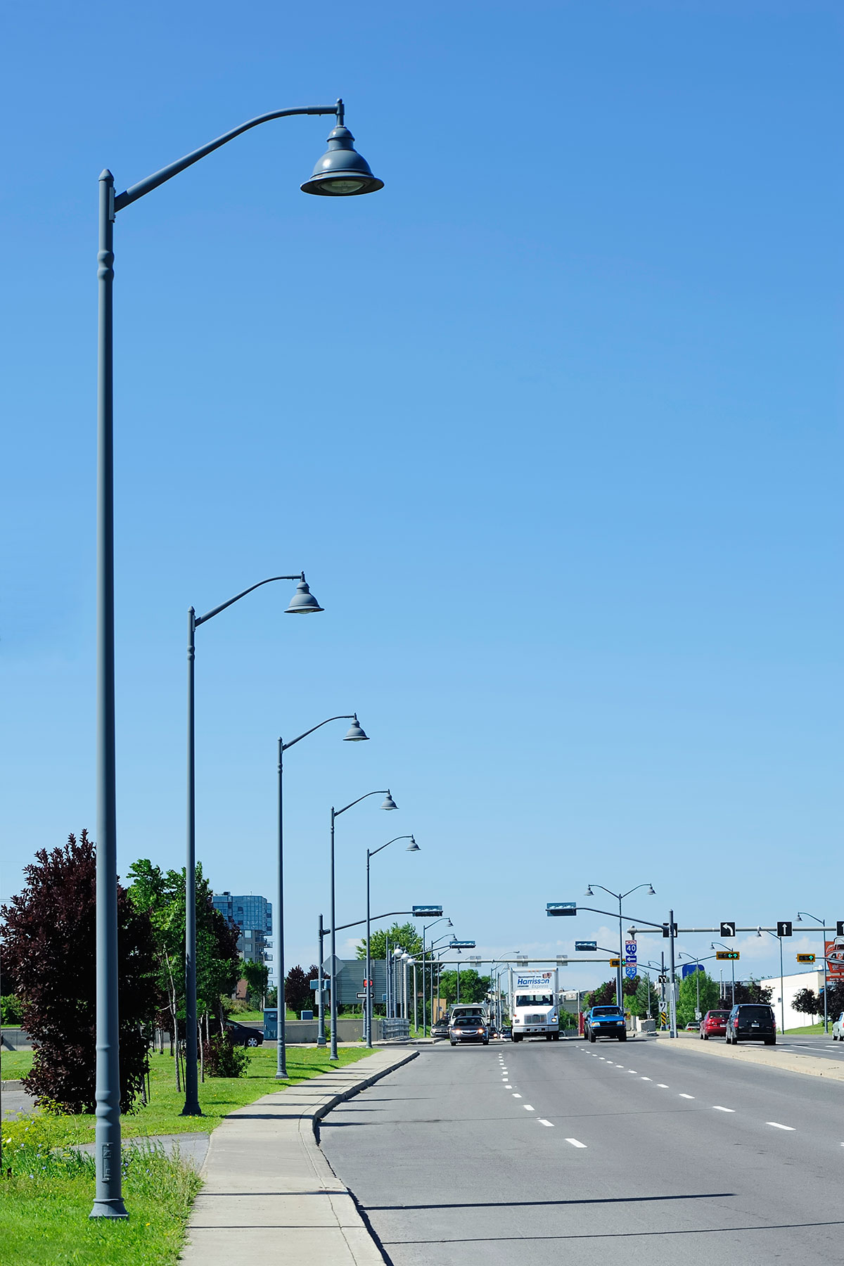 Valmont structures canada decorative light poles and lamp