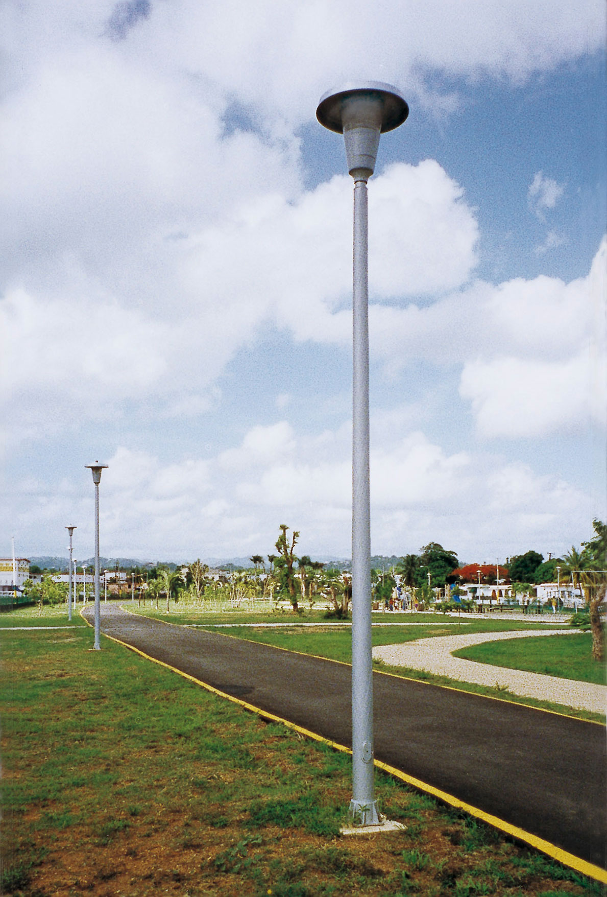 Fiberglass Light Post : Shakespeare round tapered light poles