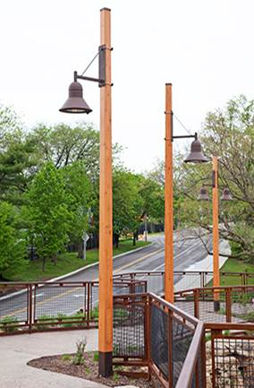how to build a wooden lamp post