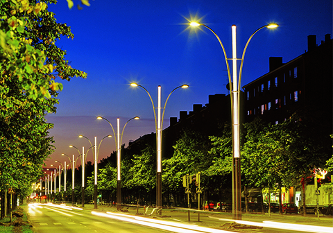 Valmont-Decorative-Lighting-Roadway
