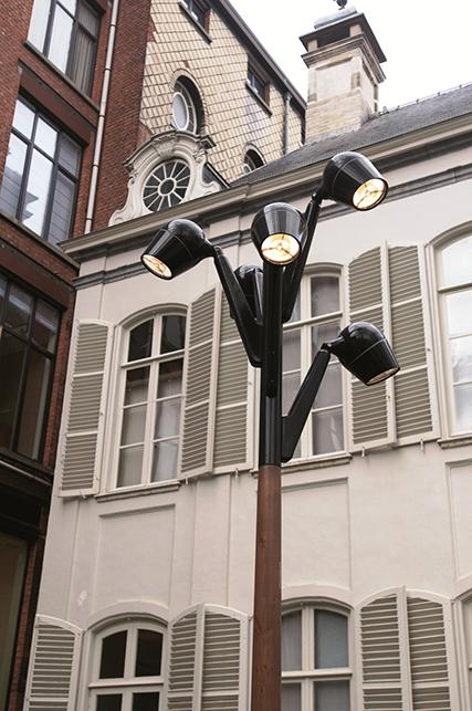 Belgium-Wood-Light-Pole-2-DSC8914a