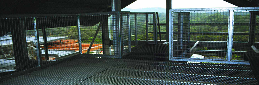 Webforge provides a range of expanded mesh screening products for use as walkways, fencing, safety barriers and other applications.