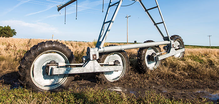valley articulating 4-wheel track drive - irrigation tires - center pivot irrigation