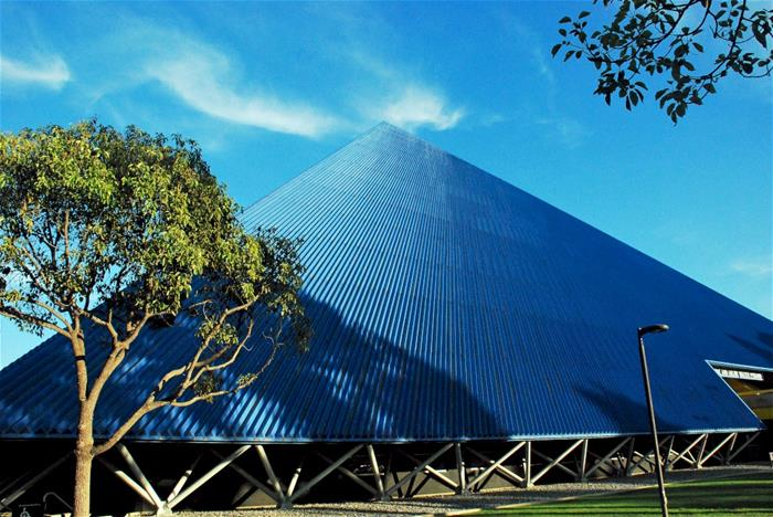 Walter Pyramid Galvanized Steel